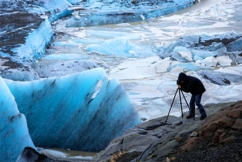 In the Icelandic glaciers. (Photo by Roberto Mazzagatti)