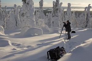 Climbing towards the camp with provisions. Riisitunturi National Park, Finland. (Photo by Roberto Mazzagatti)