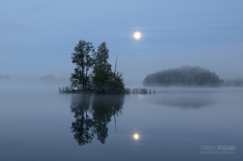 SII0817_0129_Summer nights (Finland)