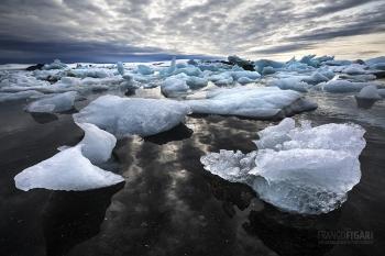 FJL0719_0640_Iceberg graveyard (Franz Josef Land, Russia)