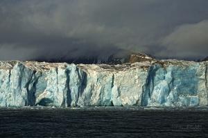 SVA0608_0138_Glacier in Hornsund fjord (Svalbard)