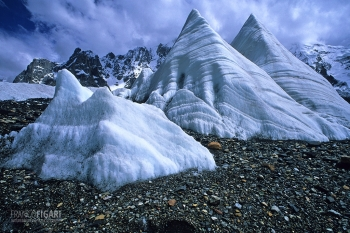 PAK0704_0141_Ice sails on the Baltoro glacier (Pakistan)