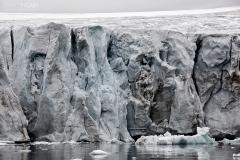 FJL0819_0606_Glacier on George Land in Smith Bay (Franz Josef Land, Russia)