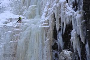 FIN0316_0213_Waterfall ice climbing (Korouoma Gorge, Finland)