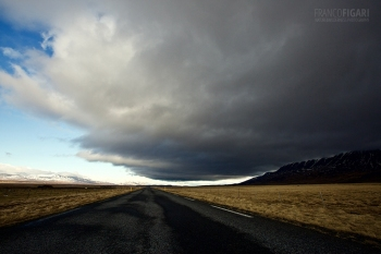 ISL0315_0804_Stormy clouds on the road (Iceland)
