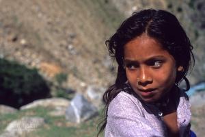 PAK0704_0331_Young girl (Pakistan)