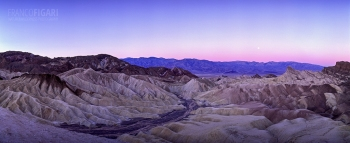 USA1099_0762_Full moon at Zabriskie Point (Death Valley, California, USA)