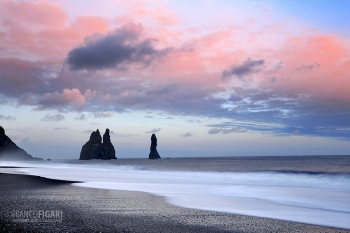 ISL0315_0372_Sunset at Reynisfjara black beach (Iceland)