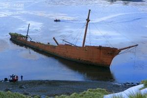 SGE1109_0401_Wreck at Prince Ols Harbour (South Georgia)