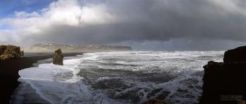 ISL0315_0598_Stormy sea off the beach and cliffs of Dyrhòlaey (Iceland)