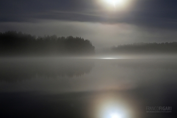 FIN0812_435_Midsummer full moon in the fog (Finland)
